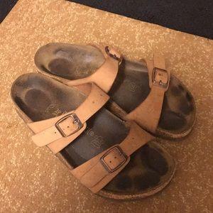 67fa25d2fa1 Women s Browns Shoes on Poshmark